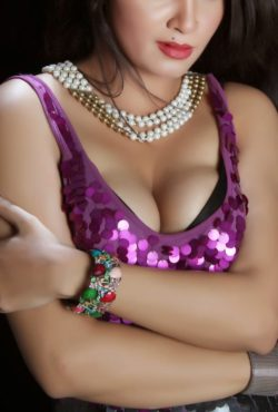 +971568757632 Indian Model Dubai Night Girl in Down Town
